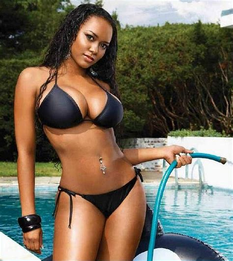 Sexy celeb bikini photos for summer esquire jpg 888x995