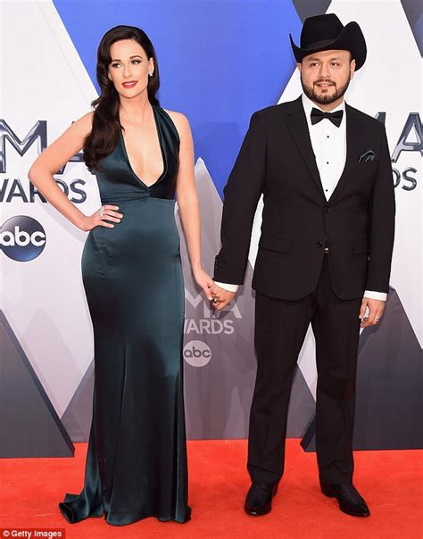 is kacey musgraves dating jpg 634x809